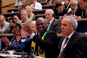 Kasparov defeated in FIDE election